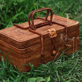 Túi, tráp mây tre đan loại kỹ có thể dùng để đựng trà cụ đi dã ngoại