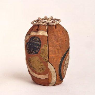 Cách làm túi vải Shifuku để đựng lọ đựng mạt trà Chaire phong cách Nhật Bản